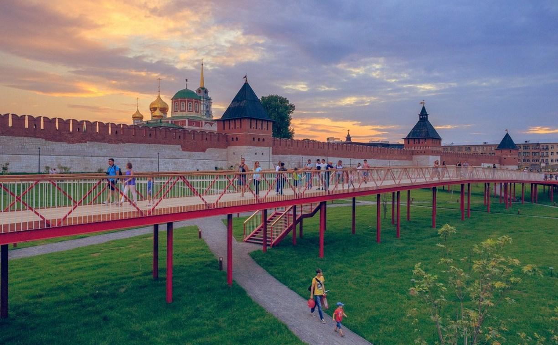 На Казанской набережной туляков научат бальным танцам и покажут средневековое дефиле