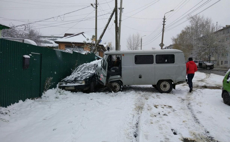 В Туле на улице Кутузова столкнулись четыре машины
