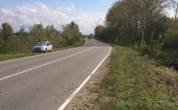 В Тульской области «Тойота» перевернулась в кювет
