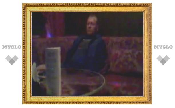 Задержание тульского депутата в стрип-клубе сняли на видео