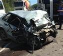 Водитель легковушки, которая протаранила фуру, погиб