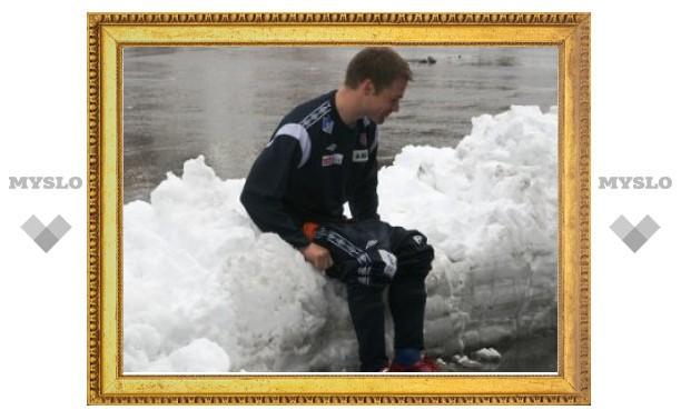 Норвежский тренер посадил футболистов голыми в снег
