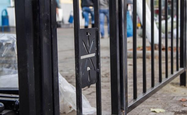 К декабрю 89 перекрестков в Туле оборудуют ограждениями безопасности