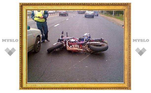 В центре Тулы произошло ДТП с участием мотоциклиста