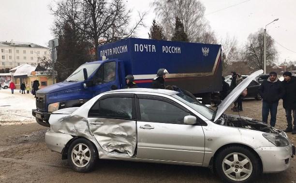 «Почта России» прокомментировала ДТП со служебным автомобилем в Новомосковске