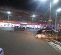 Ночью в Туле иномарка протаранила дорожное ограждение