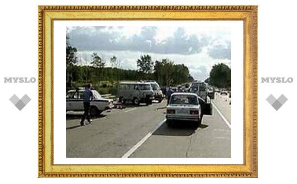 Семь человек пострадали в результате аварии под Тулой