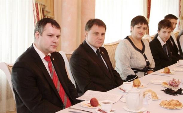 Владимир Груздев встретился со школьниками Тульской области