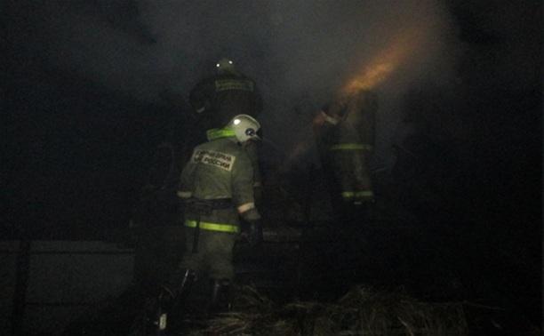 В Узловском районе сгорел микроавтобус