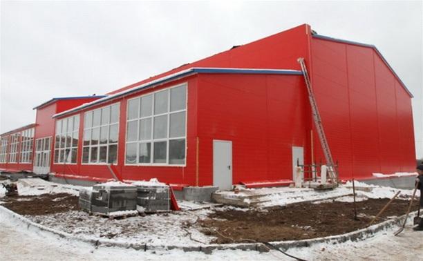Подрядчики не успевают достроить физкультурно-оздоровительный комплекс в Новомосковске