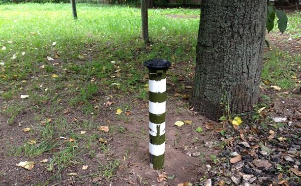 Туляк огородил стоянку тубусами от гранатометов