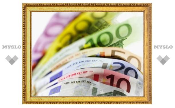 Евро на ММВБ вновь поднялся выше 40 рублей
