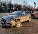 В Туле при столкновении Nissan и BMW пострадала женщина
