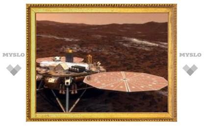 Американский зонд Phoenix совершил посадку на Марсе