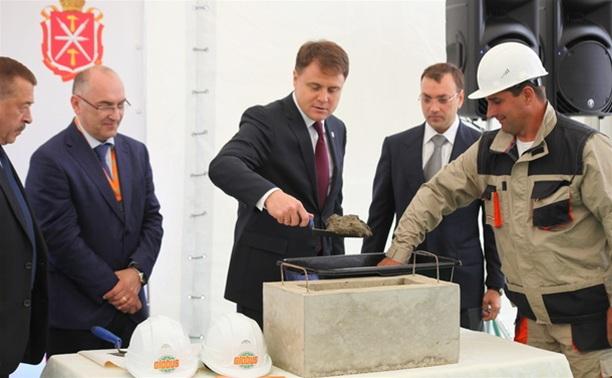 Владимир Груздев заложил первый камень немецкого гипермаркета  «Глобус»