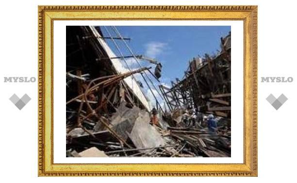 При обрушении моста во Вьетнаме погибли 60 человек