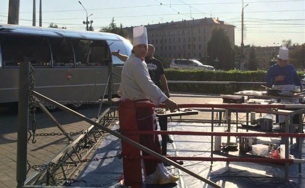 Тульский повар победил в новом кулинарном шоу «Кухня на колесах»