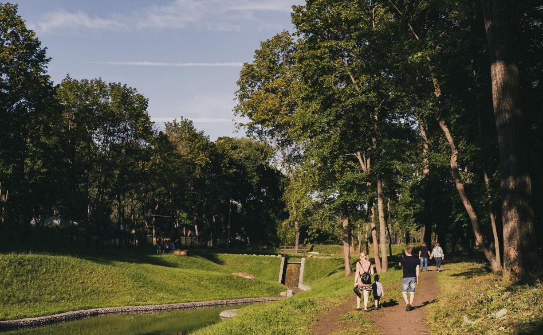 Прогулка по обновленному богородицкому парку: фоторепортаж