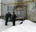 В Киреевске обрушился козырек подъезда