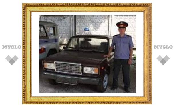 Тульским милиционерам подарили машину