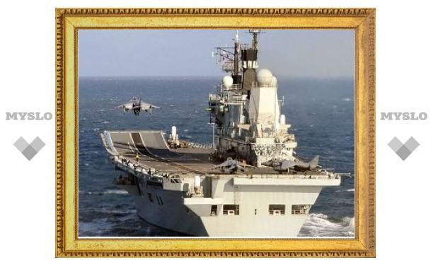 Французы и британцы опровергли сообщения о совместном использовании авианосцев