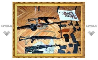 Военный инструктор пытался увезти из Тульской области оружие