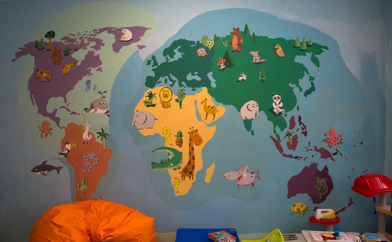 В тульской больнице раскрасили стены для детей