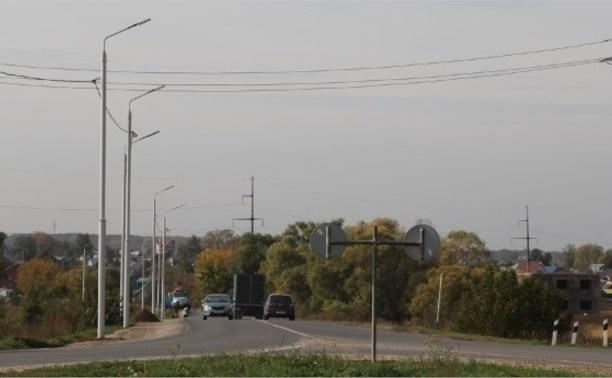 На улице Карпова появилось освещение