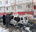 В Туле на улице Ф. Энгельса сгорел припаркованный Ford