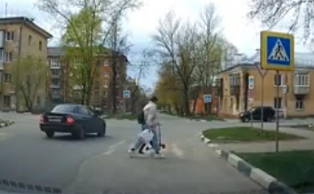 «Накажи автохама»: обгон на пешеходном переходе