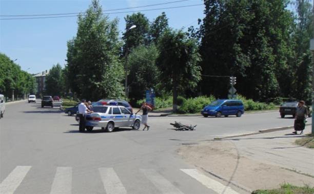 В ДТП со скутерами пострадали два подростка