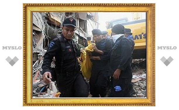 Индонезия попросила международной помощи в поиске жертв землетрясения