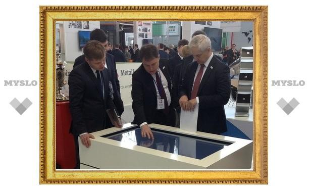 Владимир Груздев представил в Ганновере Тульский регион