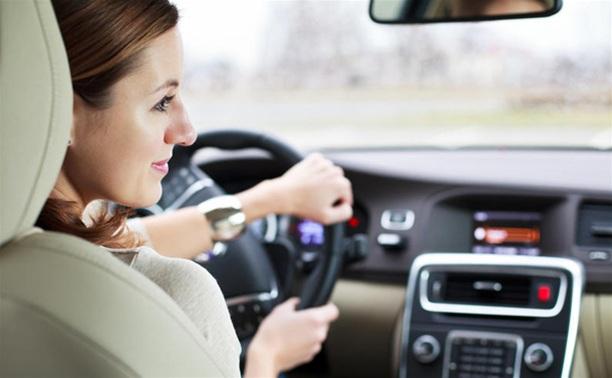 Чтобы вернуть водительские права, придется заново сдать экзамены