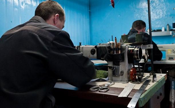 В России предлагают отправлять заключённых на производства за пределами колонии