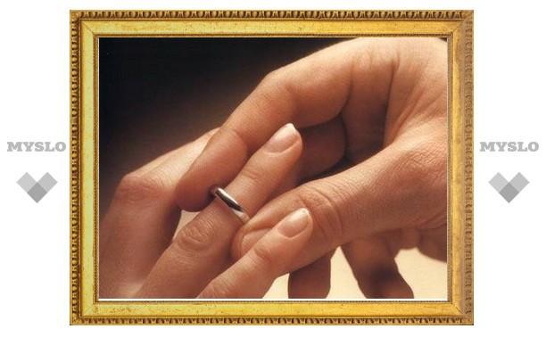 Туляк женился, чтобы не сесть за решетку за секс с 15-летней