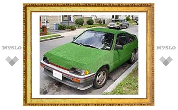 """Американец создал по-настоящему """"зеленый"""" автомобиль из газонной травы"""