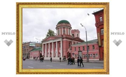 Власти Москвы устранились от возвращения верующим храма Иоанна Богослова