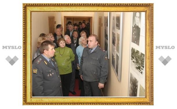 В УВД по Тульской области открылась военная выставка