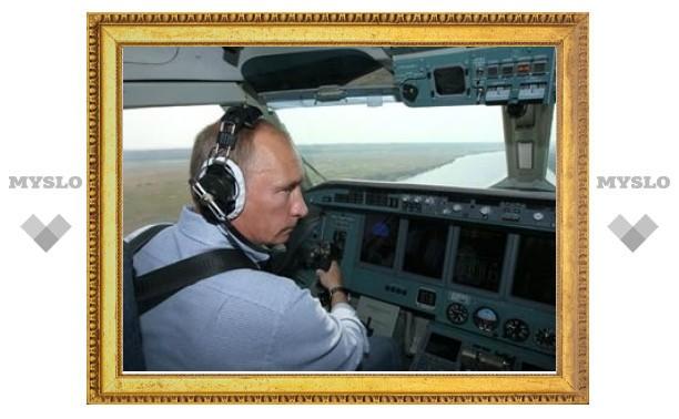 Блогеры усомнились в законности полета Путина на самолете МЧС