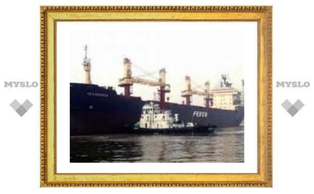 Российские моряки спасли 25 африканцев в Средиземном море