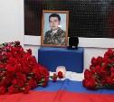 Тульские полицейские почтили память Героя России Дмитрия Горшкова в лицее №4