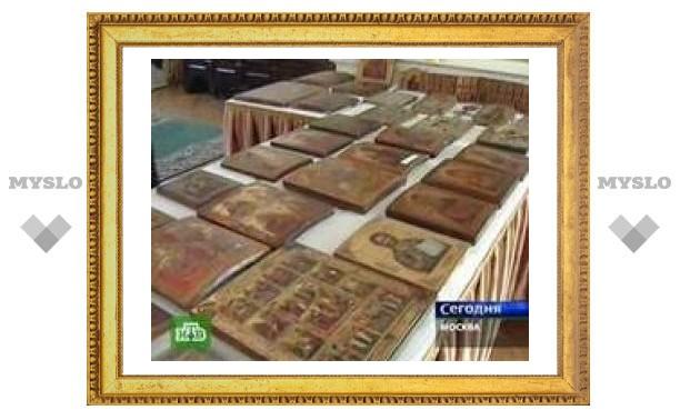 Прокуратура передала церкви более 140 икон