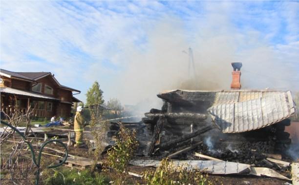 В Заокском районе сгорела баня