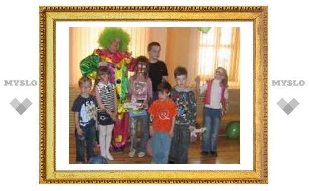 Тульский фитнес-клуб устроил детям праздник