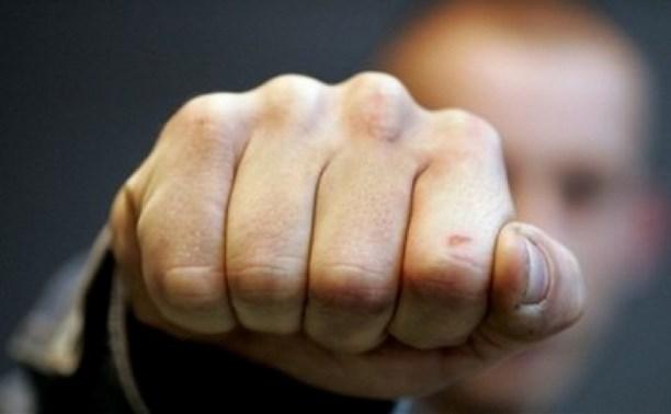 Мужчина насмерть забил знакомого за оскорбительные высказывания о его покойном сыне