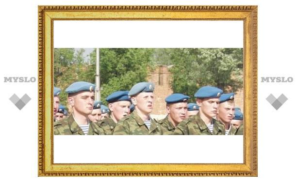 Под Тулой солдаты приняли присягу