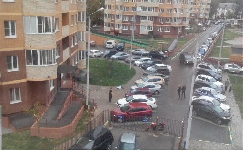 Следователи проводят доследственную проверку по факту падения туляка из окна дома ЖК «Оружейная Слобода»