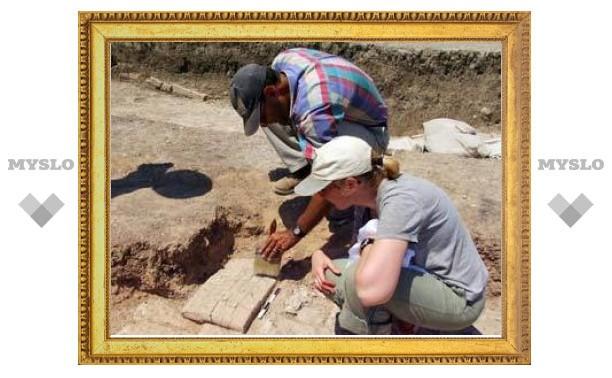 """Археологи расшифровали """"вассальный договор Асархаддона"""""""