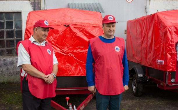 Тульское МЧС передало муниципальным образованиям области прицепы спасательных постов
